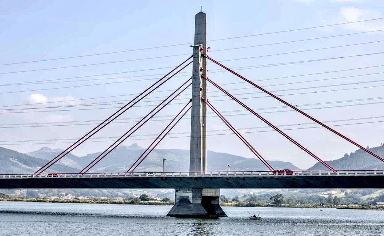 Puente de Colindres